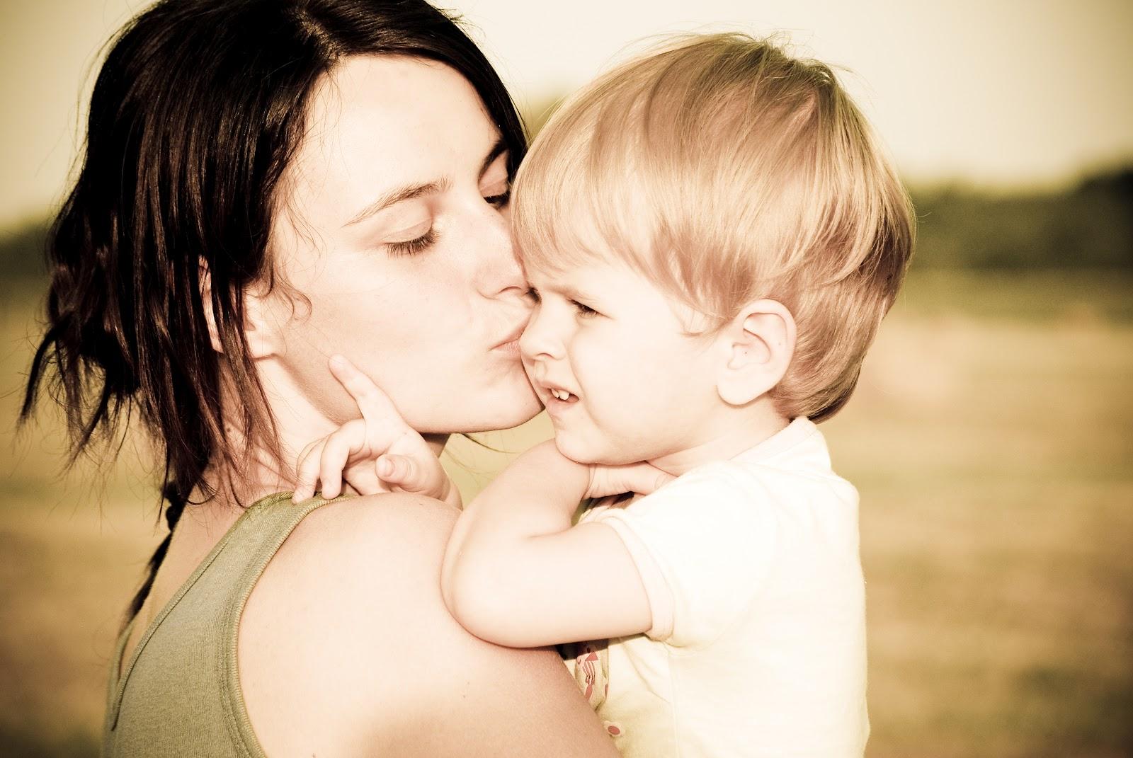 Estudo diz que a criança herda inteligência da mãe