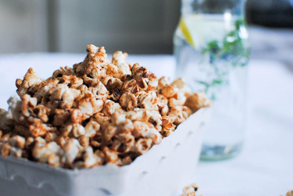 pipocas de caramelo salgado saudável | healthy salted caramel popcorn