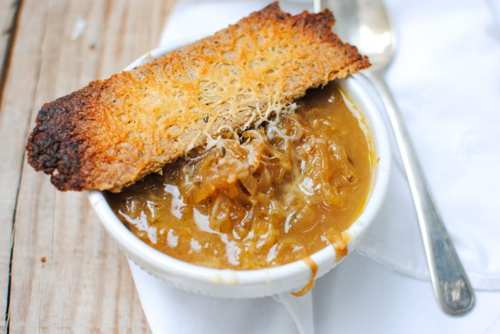 sopa de cebola reconfortante   comforting onion soup